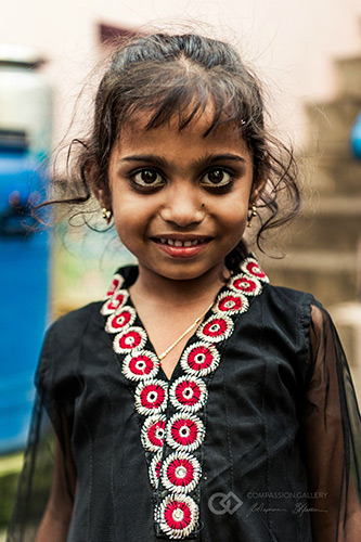 Portraits of India: Anticipating Life